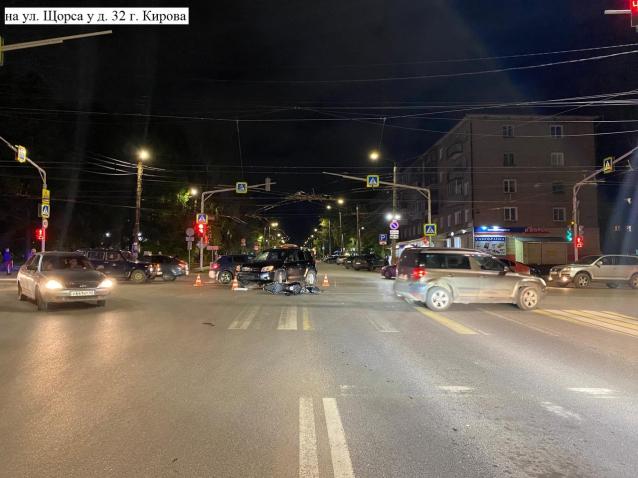 Фото В Кирове в аварии пострадала 18-летняя мотоциклистка