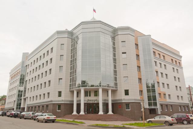 Фото В Кирове мужчину, выбросившего 1,5-годовалого ребёнка с 5 этажа, приговорили к 18 годам колонии