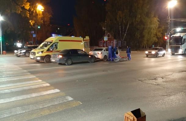 Фото В Сыктывкаре пострадала женщина в результате столкновения «Киа» и «Лады»