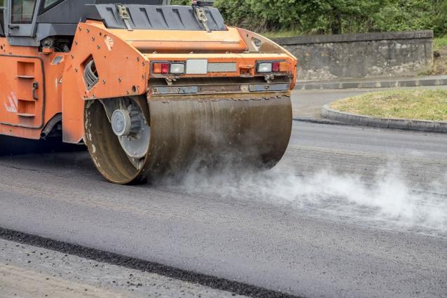 Фото В 2022 году в Сыктывкаре по нацпроекту отремонтируют 8,5 км дорог