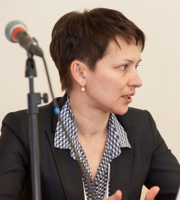 Фото Глава минимущества Кировской области Оксана Артюхова покинула свой пост