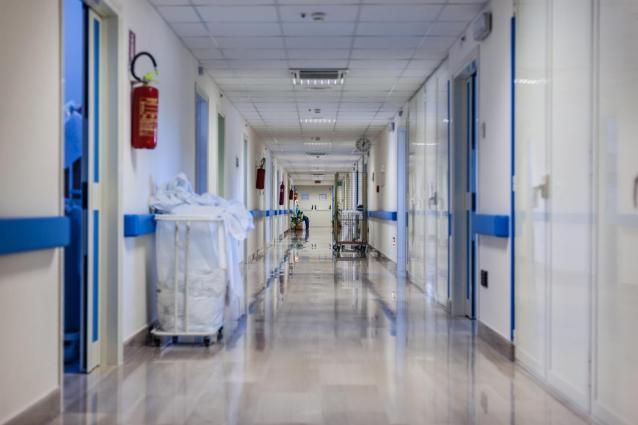 Фото В Кировской области за последние несколько суток в госпитали с коронавирусом доставлены 377 человек