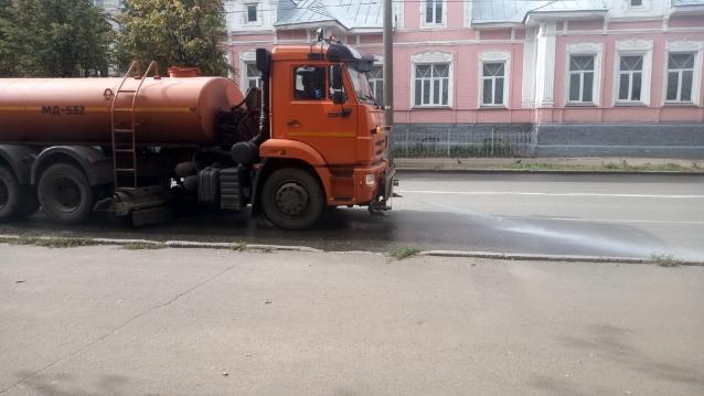 Фото В Кирове на содержание дорог до 1 декабря потратят 44 млн рублей