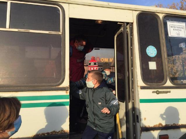 Фото Прокуратура выявила нарушение закона в действиях кондуктора, высадившего подростка из автобуса в мороз