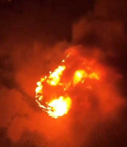 Фото В Кирове на Красноармейской сгорел автомобиль