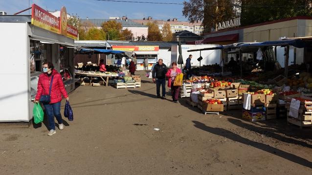 Фото В Кирове депутат гордумы предложил построить детский сад на месте Октябрьского рынка