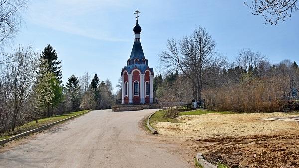 Фото В Кирове в родительскую субботу запустят дополнительные рейсы до кладбищ