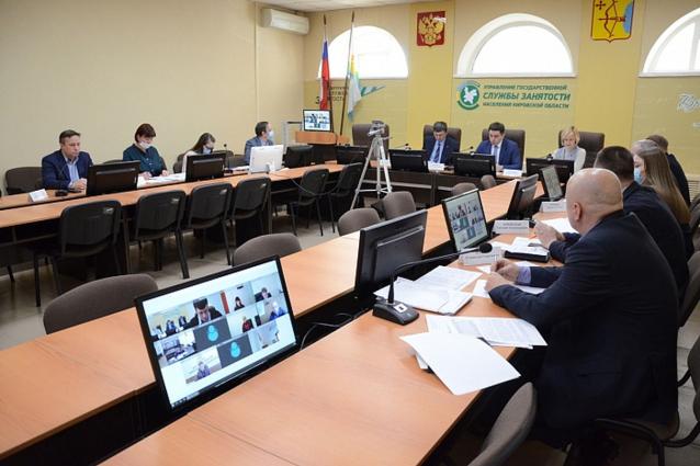 Фото 169 млн рублей не выплатили работникам Кировской области на начало февраля 2021 года