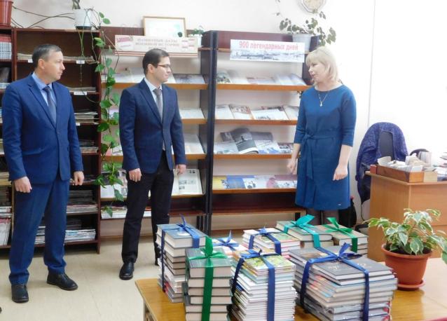 Фото Рахим Азимов исполнил наказы жителей Зуевского района
