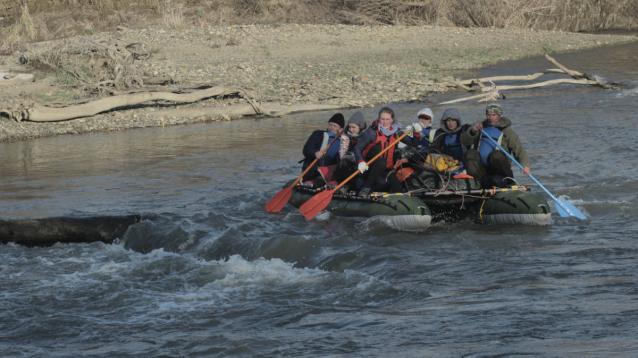 Фото На катамаране — по Кубани. Тренер из Кировской области водит школьников в походы по России