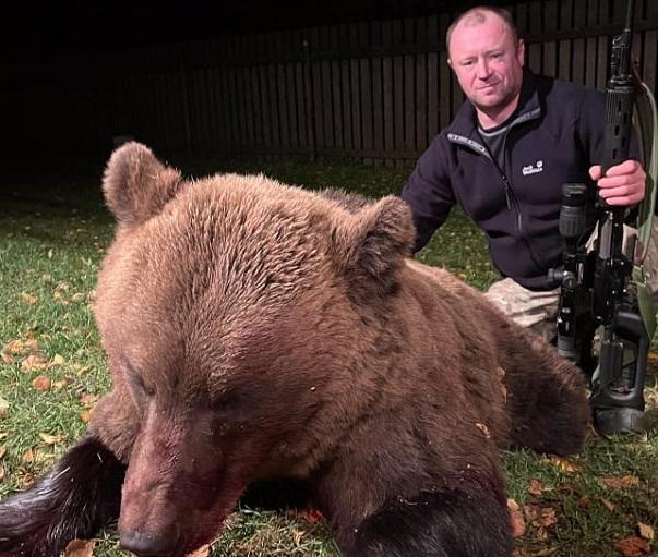 Фото Кировский охотник добыл 200-килограммового медведя