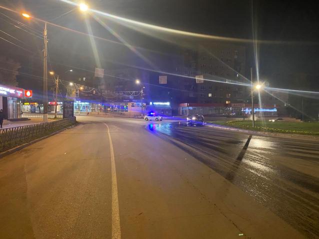 Фото В Сыктывкаре два мотоциклиста пострадали в ДТП за минувшие сутки