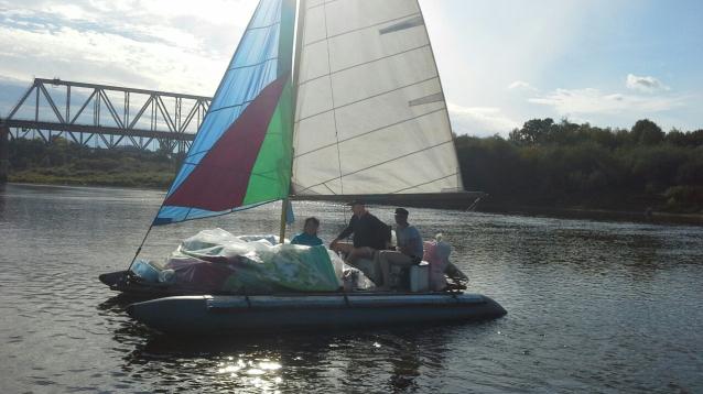 Фото По Вятке – под парусами. В Кировской области братья построили яхты и путешествуют по рекам