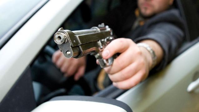 Фото В Свече пьяный хулиган стрелял из пневматики в 12-летнюю девочку и ее мать