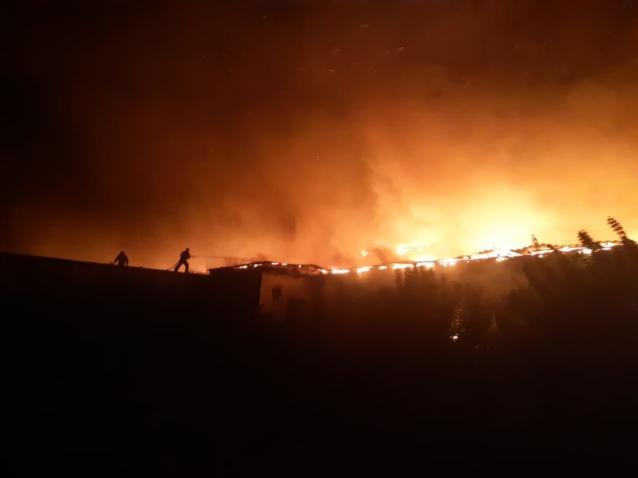 Фото В Малмыже горело производственное здание
