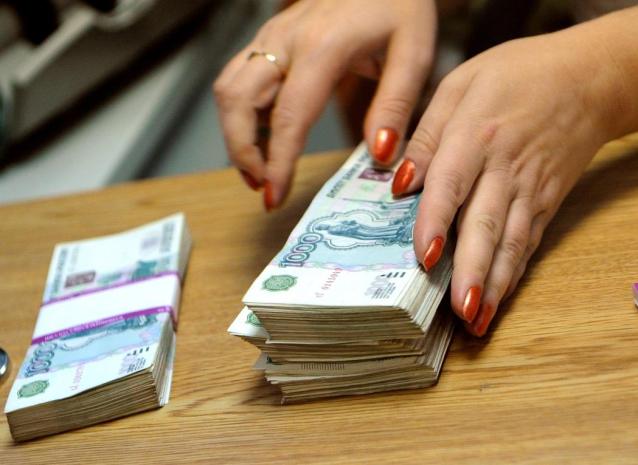 Фото  В Кировской области бухгалтеру, которая присвоила 7 млн рублей, дали 2 года