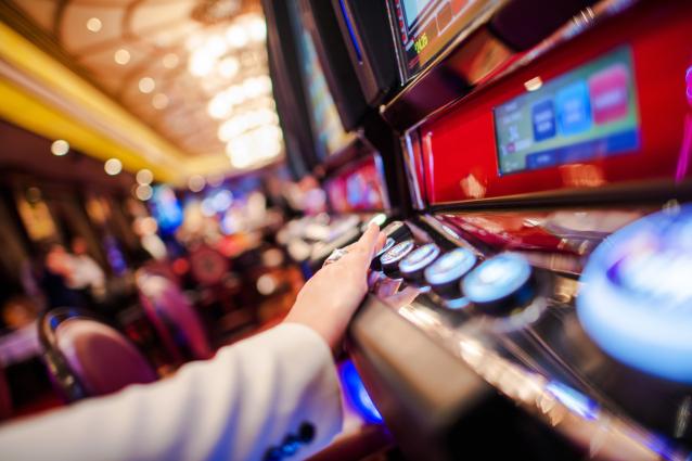 Фото В Кирове закрыли подпольное казино на ул. Пролетарской