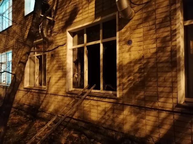 Фото Следком и прокуратура проводят проверку после пожара в инфекционной больнице Кирова