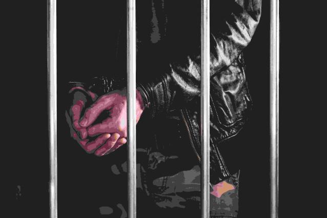 Фото В Ухте криминальный авторитет вымогал деньги у наркоторговца за покровительство