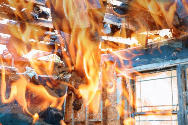 Фото В Кировской области в пожаре погибли мужчина и женщина