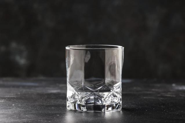 Фото В Нововятском районе Кирова изъяли 50 литров нелегального алкоголя
