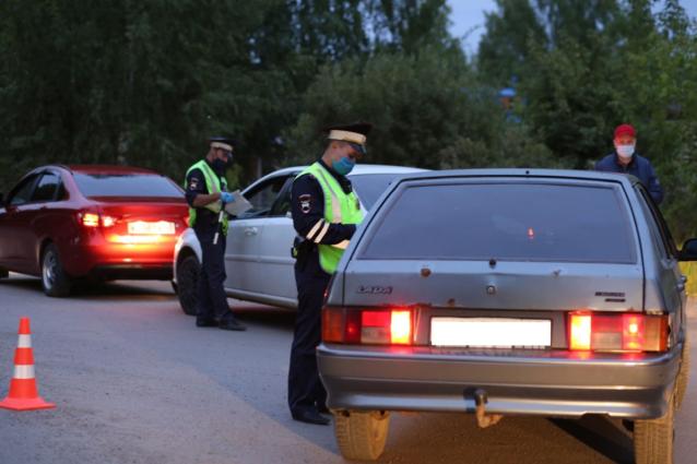Фото В выходные в Ленинском и Первомайском районах Кирова пройдут «сплошные проверки» водителей