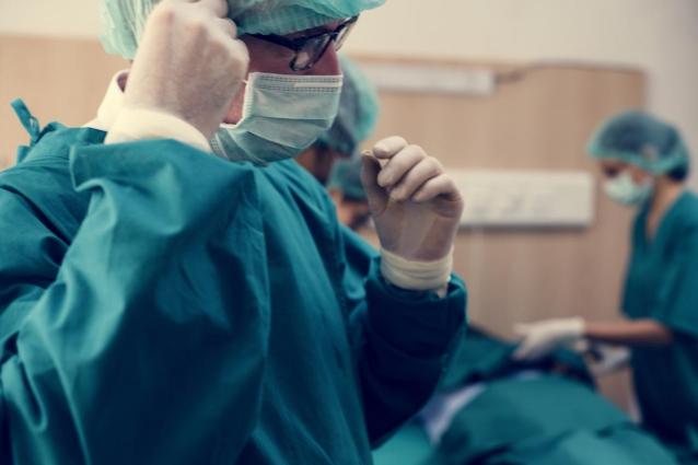Фото В Кировской области врачи провели уникальную операцию на сонной артерии