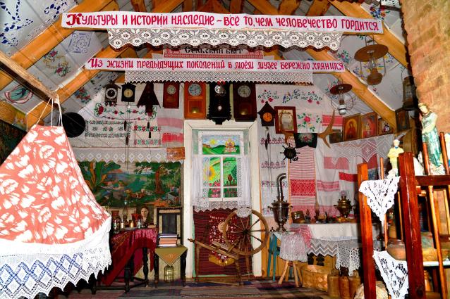 Фото Чердак времени. Пенсионерка из Кировской области превратила свой дом в музей крестьянского быта