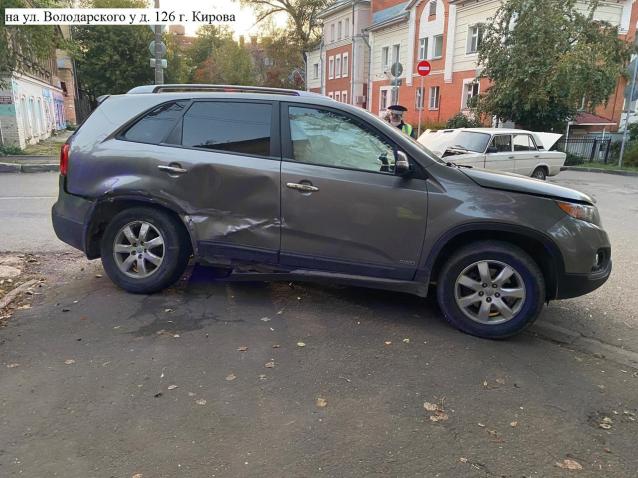 Фото В Кирове в ДТП на Володарского пострадала 3-летняя девочка